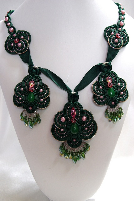 Soutache Necklace - Amira (inspired by Bea Valdes ) by BeadsRainbow, via Flickr