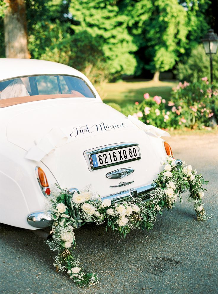 Chateau destination wedding in france - Jenny and Freddie - Margo and Me - photos by bubblerock