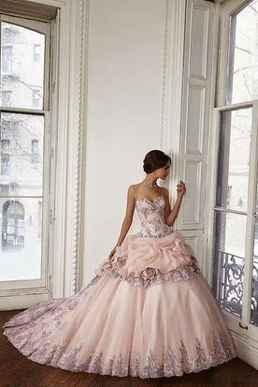 Gorgeous princess dress, just wish it were closer so I could see the full details!