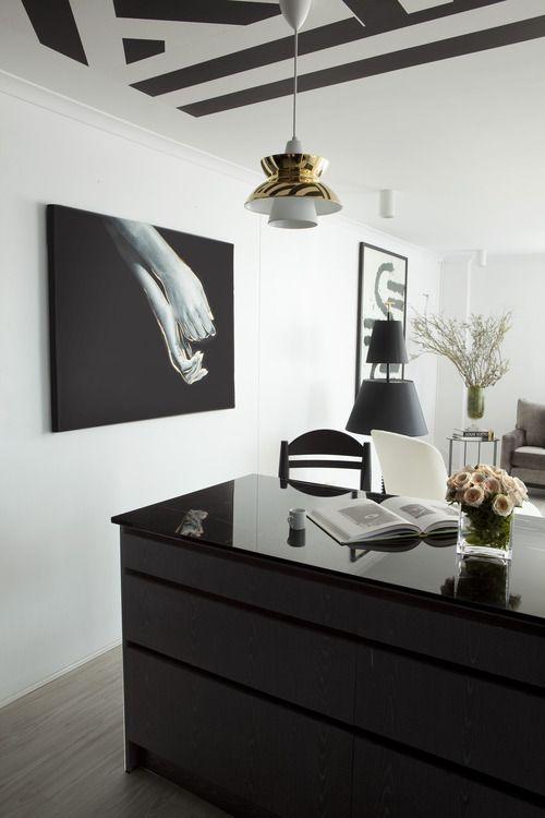 James Dawson Interior Design Has Designed Marine Parade Apartment With A Charming Monochromatic