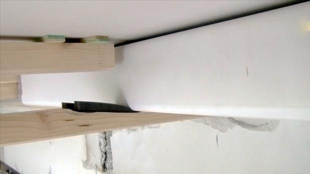 Die richtige Montage des Flachkanals auf einem Komprimierband