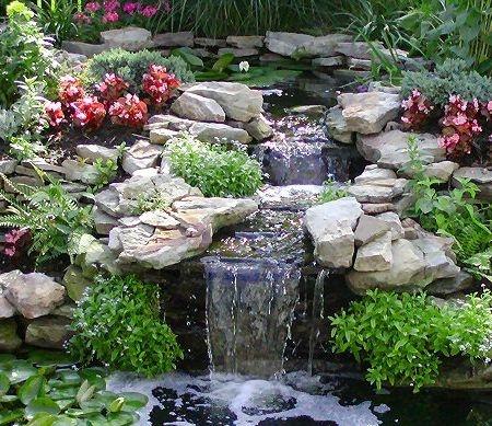 mini waterfall                                                                                                                                                                                 Mais