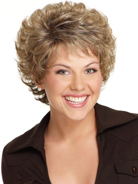 Cute short hairstyle with curls. I have a feeling this style would require more care than I usually put in each morning!