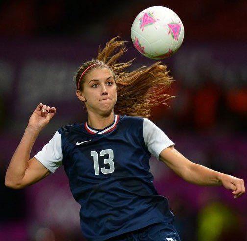 Alex perfection Morgan. I love soccer *o*