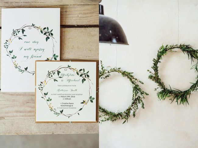 Wedding stationery with spring flowers www.zonamodna.com