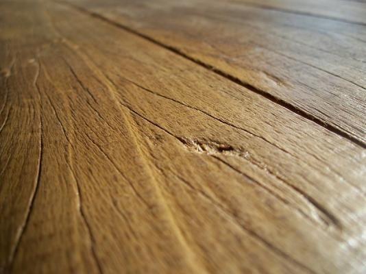 Nella ricerca dell'equilibrio uomo-casa è ormai riconosciuto che i pavimenti in legno sono un punto cardine nella ricerca di una abitazione sana ed occupano una parte rilevante nella famiglia dei componenti della bioedilizia  http://www.geometri.cc/articolo/2773/Pavimenti-in-legno-La-posa-a-secco-su-sabbia-in-bioedilizia