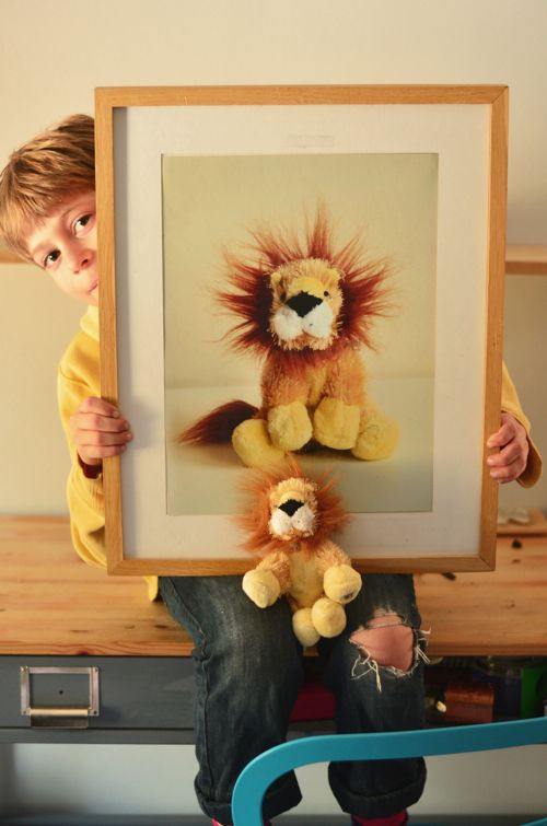 make personalized kids' art with their favorite toys