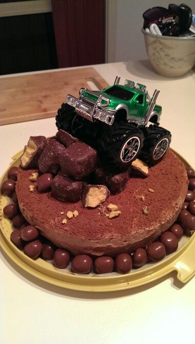 4x4 Cake Made By Me Party Ideas Pinterest By 4x4