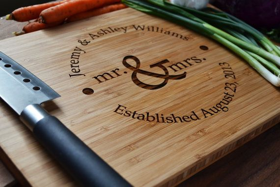 Personalized Cutting Board Mr. and Mrs. circle design  Engraved Bamboo Wood for Wedding, Anniversary Gift