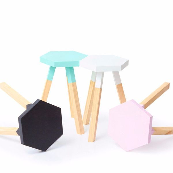 Dipped Hexagon Stools || The Timba Trend are a handmade timber decor and furniture business located on the Central Coast of NSW. They love to add the natural element of timber into the home with a pop of colour and a fun original design.