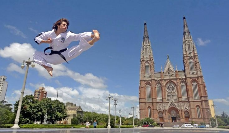 TaeKwonDo uniform – Durability is a must – There are quite many good retail outlets available for who want to purchase TaeKwonDo uniforms, and numerous quality online store are also available if searching through the internet. The TaeKwonDo uniform is white and often made from a blend of cotton and polyester and there are different weight gradients for increased durability. For those more serious students, investing in a quality TaeKwonDo uniform is a must as this... ...