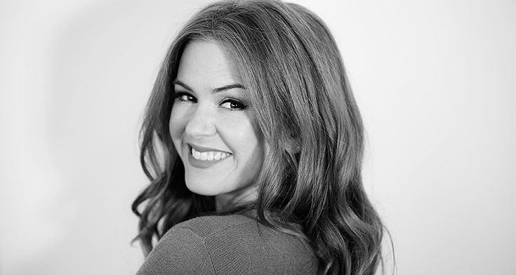 Isla+Fisher+Chats+About+Her+New+Children's+Book,+Why+She+Started+Writing,+and+Her+Love+of+Netflix+Series+'Stranger+Things'