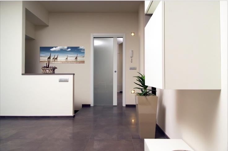 Flessya white door.