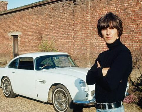 Legendary Beatles guitarist George Harrison is to be posthumously honoured with a blue plaque on his former home Kinfauns, in Esher.