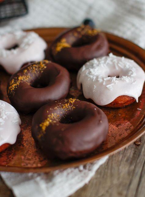 Vegaaniset gluteenittomat donitsit // Vegan glutenfree donuts