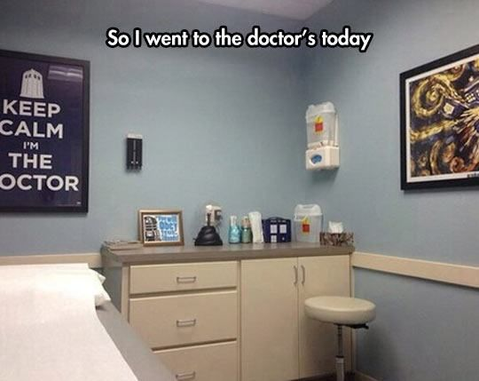 I wish my doctor had this sense of humor.   20 Doctors With A Great Sense Of Humor - Gallery
