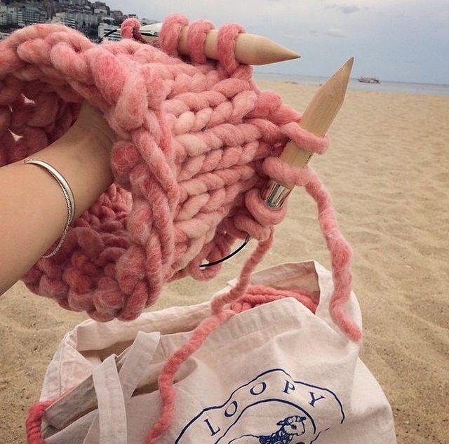 Repost from @play_wool - our stockist in Korea. Making Helsinki hat with Loopy Mango Big Loop Yarn