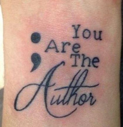 Immagine tatuaggio punto e virgola con scritta - Lei Trendy