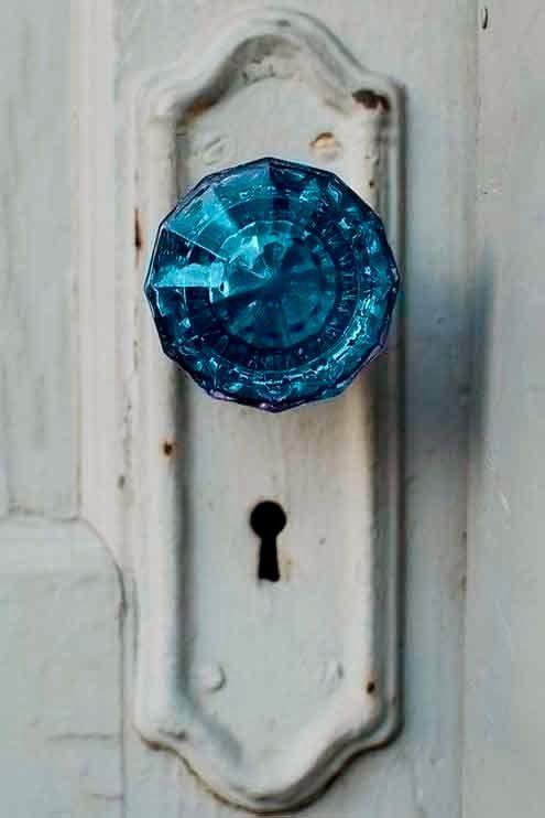 Blue glass doorknob!  I love glass doorknobs!