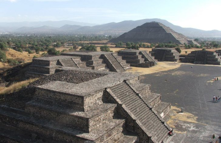 Teotihuacan Pyramid Of The Sun And Moon Google Search Teotihuacan Pyramid Cool Places To Visit