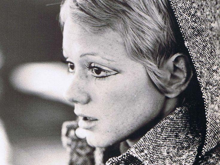 Rita Pavone. Ye-Ye Girl