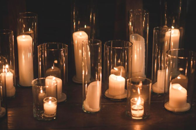 Romantic Candles To Add a Touch of Elegance