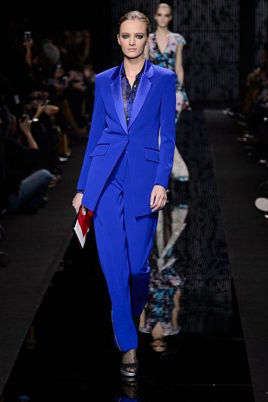 Diane Von Fürstenberg traje de chaqueta masculino azul eléctrico otoño/invierno 2015/2016
