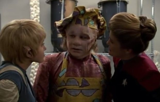 """Star Trek: Voyager Screencap--""""Jetrel""""...One of my very favorite things about Captain Janeway is that she has no concept/regard for personal space; she just gets right up in EVERYBODY's grill."""
