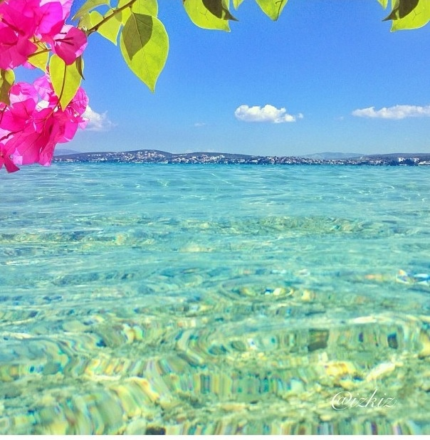 Cesme, Turkey. If you thought glistening white sand and crystal clear bathing water was just a 10 hour flight away in the Caribbean, then you are in for a surprise!