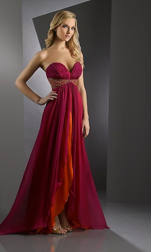Love the colors, strapless and flowy!!!