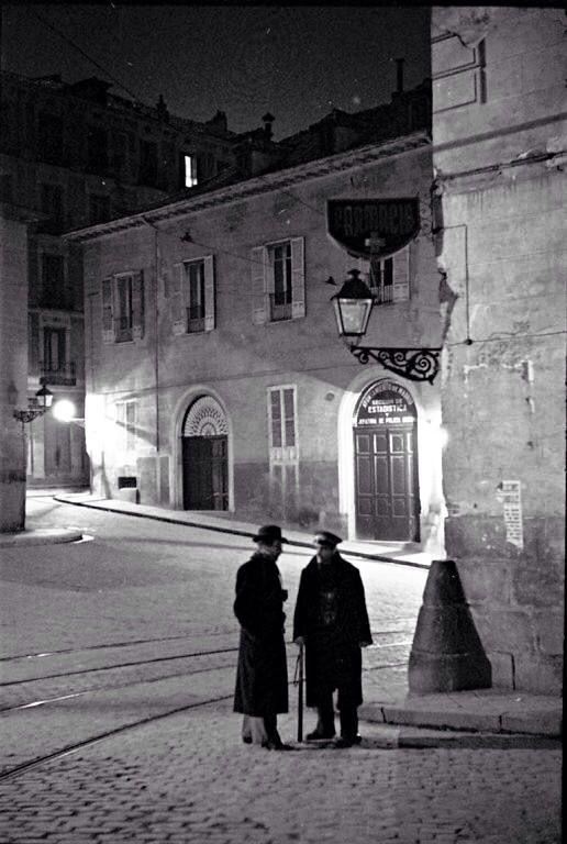Recuerdos de aquellos Serenos madrileños que acudió al oír dos palmadas en la noche...,