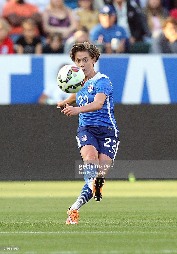 USA's Meghan Klingenberg ( 22) during the game against Mexico at StubHub Center in Carson, CA.