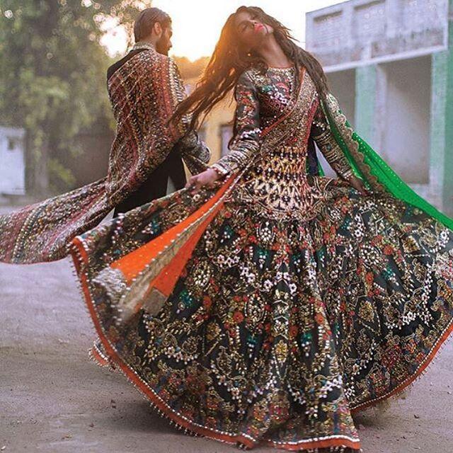 So unique! Outfit: @alixeeshantheaterstudio #indian_wedding_inspiration