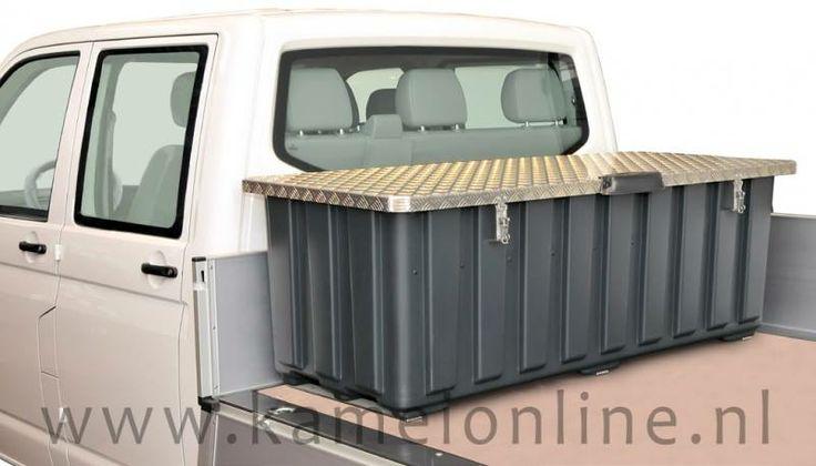 • Stabiele en lichte modulaire aluminium opbouw • Sterk benadrukte plastic muren, zand kleurige mat • Dubbele bodem voor zware transport goederen, wisselbare bodemplaat • Alle onderdelen zijn vervangbaar en roestbestendig • Lichte helling van ongeveer drie graden voor waterafvoer  Bezoek onz :-  http://www.kameionline.nl/opbergboxen  Email :- Info@kameionline.nl Address :- Ankerkade 16a 5928 PL Venlo Nederland   Tel :- 077 396 8147 Fax :- 077 396 8266 Website :- http://www.kameionline.nl