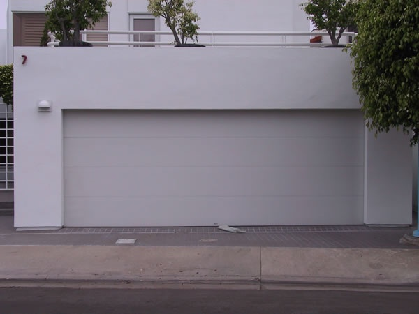 raynor affina steel garage door in flush design the flush design was chosen to complement