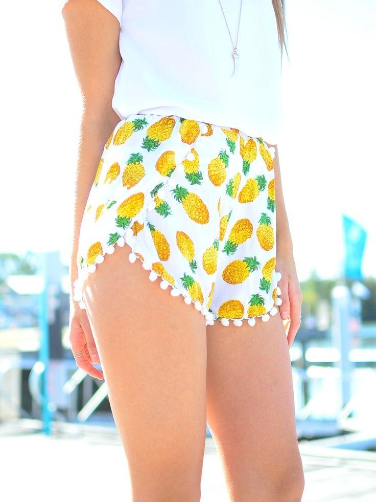 pineapple print shorts w/ mini pom poms = summer
