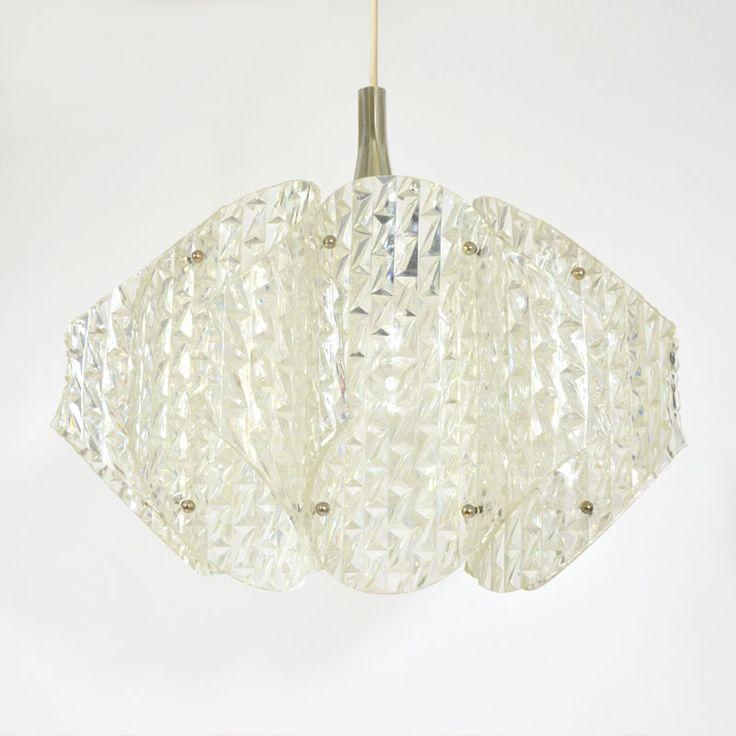 Svítidla : Lustr z plastových dílů - Debyt