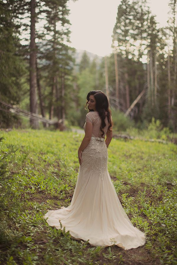 blush-and-gold-utah-wedding-018 | Ruffled