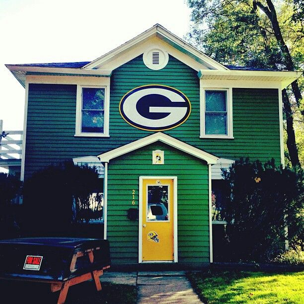 1000 Images About Green Bay Packers Rooms Wo Man Caves On Pinterest Office Paint Bedroom