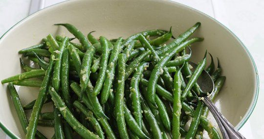 Wok-tossed garlic beans