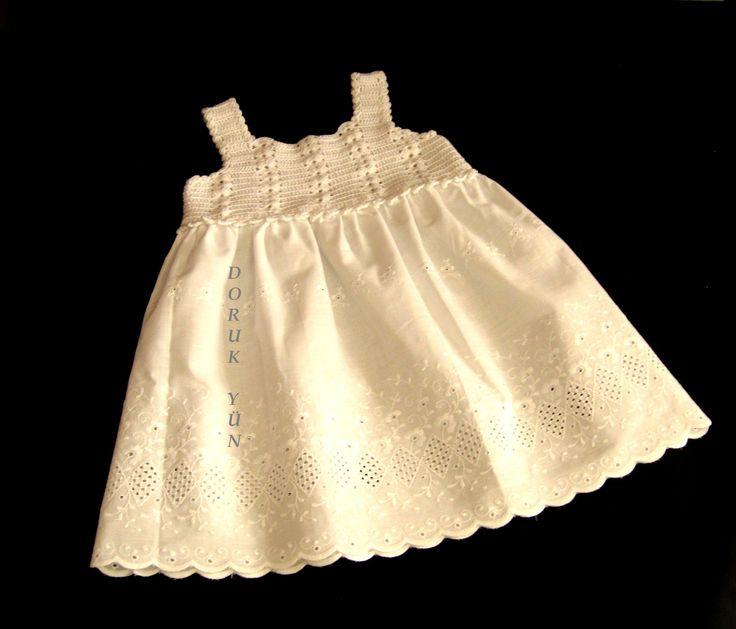 Alize Diva Stretch ile şık küçük hanımlara şık bir elbise. Kimden? Doruk Yün Tasarım Ekibi desem...