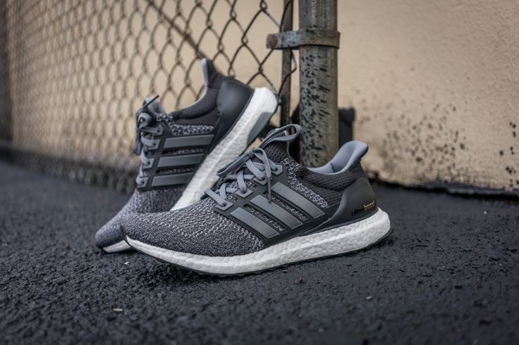 Adidas ULTRA BOOST 3.0 grey leather size US 10 Men's Shoes
