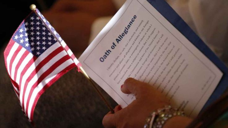Obama Alters US Oath of Allegiance in Compliance with Islamic Law | An alarming change. [08.06.15]