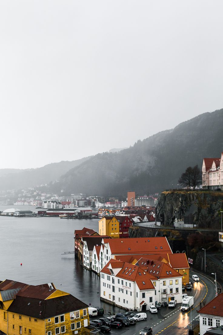 Bergen, Norway — east|west|rax