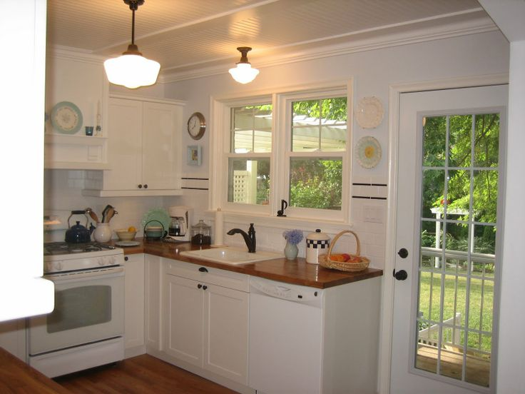 121 best images about small kitchen design on pinterest for Cute small kitchen ideas