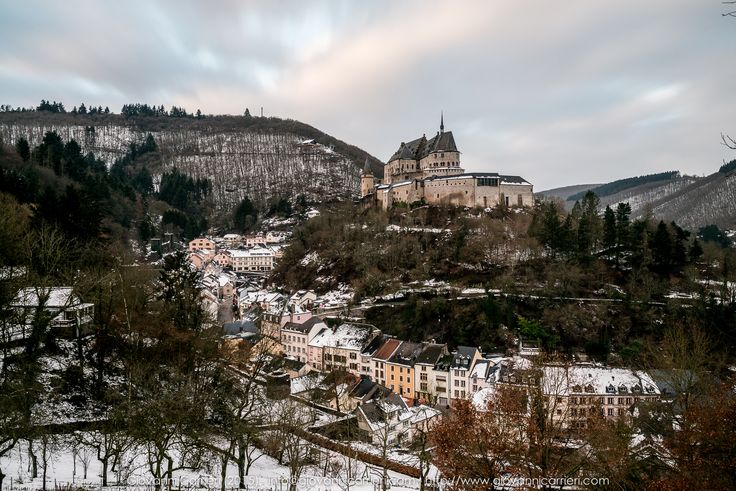 An overview of #winter #Vianden with its magnificent #castle #landscape #photography #nd