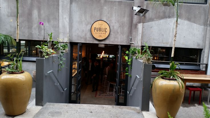 We had lunch at the Public Catering Company in New Plymouth (New Zealand).