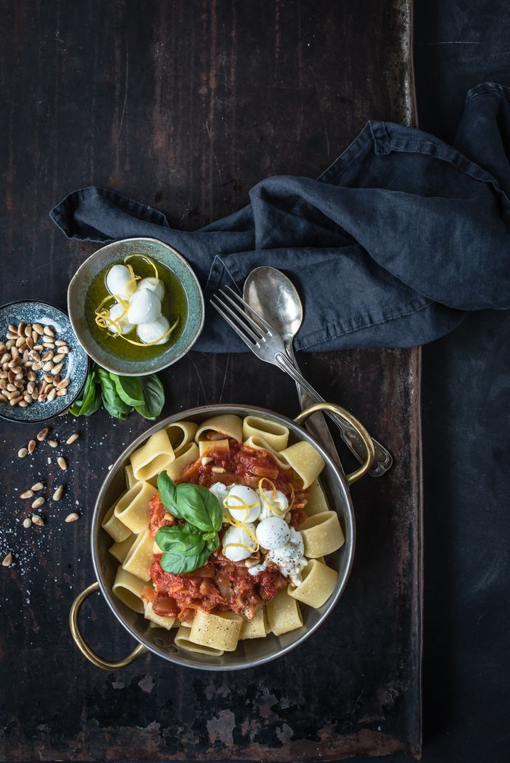 [DIESER BEITRAG ENTHÄLT WERBUNG] wenn man eine umfrage durchführen würde, welches essen gleichzusetzen ist mit seelenfreude – da wäre pasta sicherlich in der top 3 vertreten! so ein teller voller gute