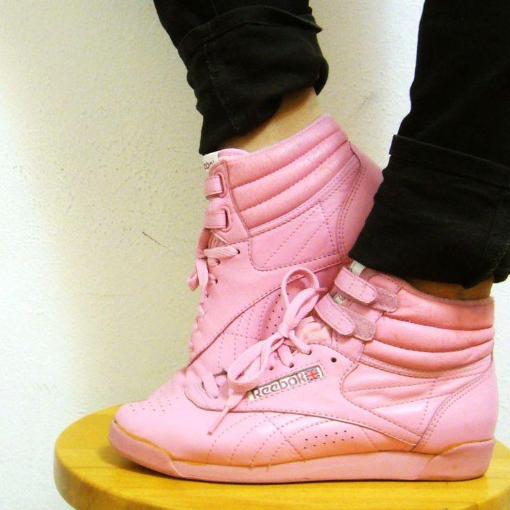 reebok classic high top pink