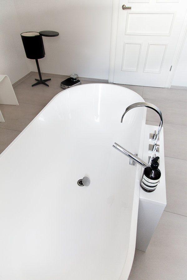 Die besten 25+ Freistehende badewanne Ideen auf Pinterest ... | {Badewanne halb freistehend 50}